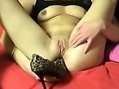 Amateur, Heels, Insertion