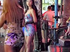 Flashing, Ladyboy, Public